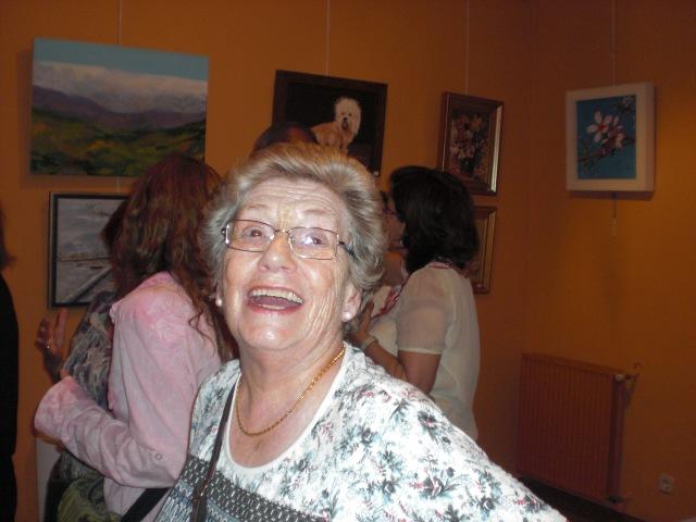 Carmen ; la concursante  mejor.87 AÑOS