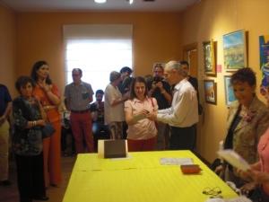 Maite Muñoz .Entrega el premio Marcos Rubio